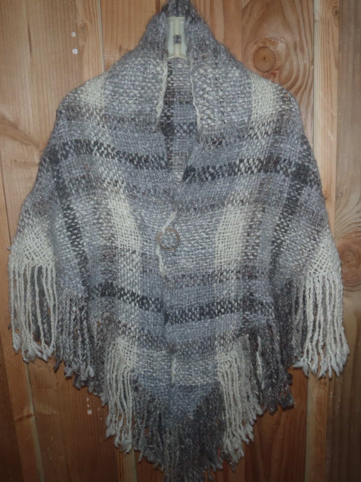 Photo of the shawl.