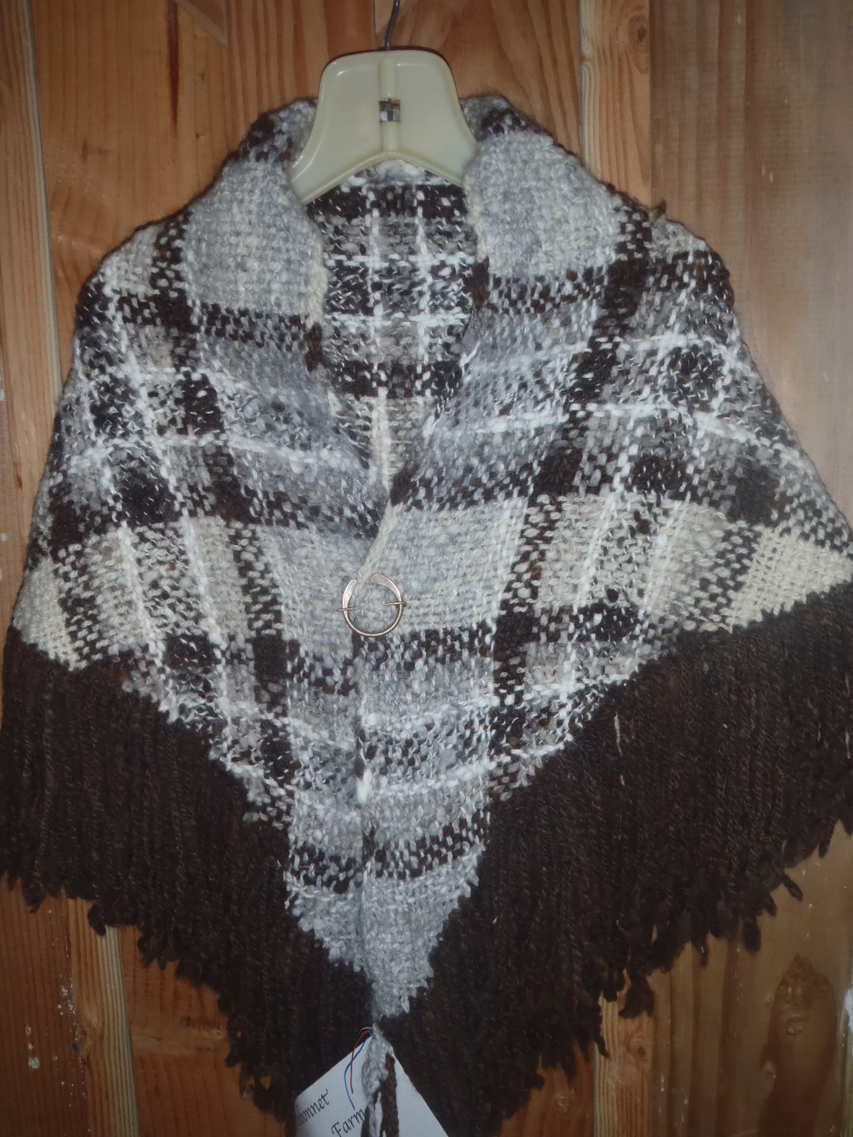 Shawl with brown fringe